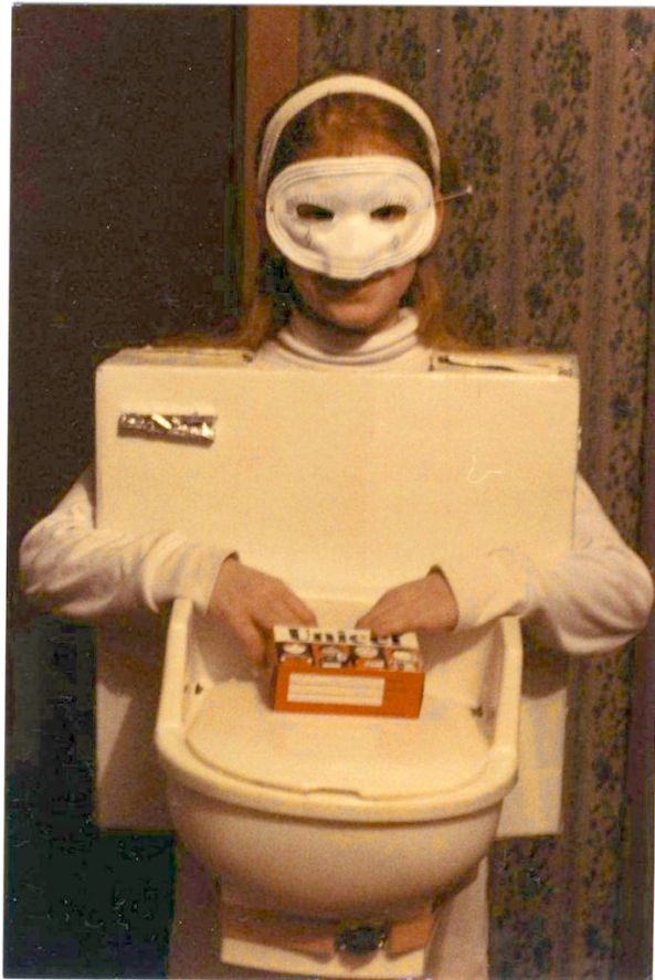 Toilet-Costume-from-Carolyn-Terlet